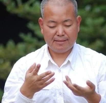 qigong master jianshe